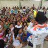 Moradia e Cidadania/PE realiza doação de alimentos e brinquedos para moradores de duas comunidades. Confira!
