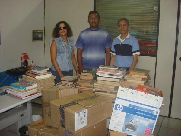 Coordenação Pará repassa livros arrecadados durante campanha. Confira!