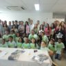 Coral infantil apoiado pela ONG Moradia e Cidadania/PE emociona empregados da GIHAB/RE